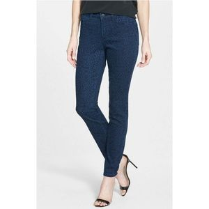 NYDJ Alina Legging Jeans in Indigo Bobcat Print